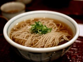 Hot soba noodles